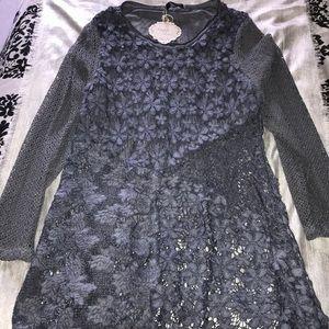 Women's size M blouse